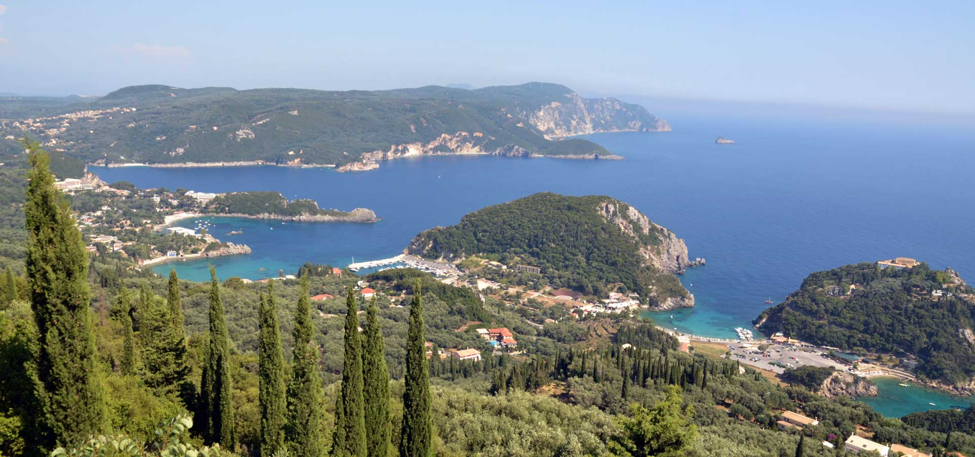 Sightseeing tour in Paleokastritsa and Kanoni.